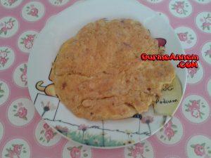 yesil_zeytinli_omlet_1yasveuzeri  - yesil zeytinli omlet 1yasveuzeri 300x225 - Yeşil Zeytinli Omlet ( 1 yaş ve üzeri )