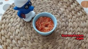 Kırmızı Biberli Erişte Yemeği ( 12 Ay )