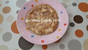 Cevizli Peynirli Omlet ( 1 yaş ve üzeri )
