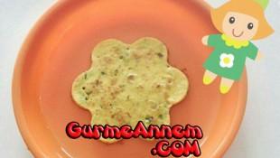 Yeşil Soğanlı Labneli Omlet  (7 ay ve üzeri)