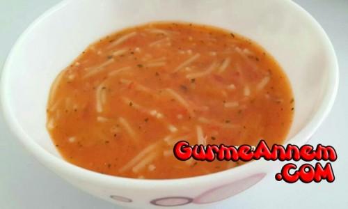 Miniklere Domatesli Erişte Çorbası ( 9 ay ve üzeri )