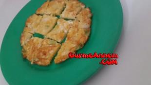 Peynirli Pırasalı Omlet ( 1 yaş ve üzeri )
