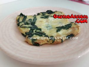 - ispanakli peynirli omlet 1yasveuzeri 300x225 - Ispanaklı Peynirli Omlet ( 1 yaş ve üzeri )